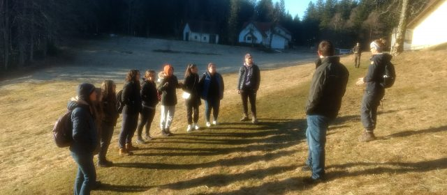 Lecture for students in the forest of Mašun
